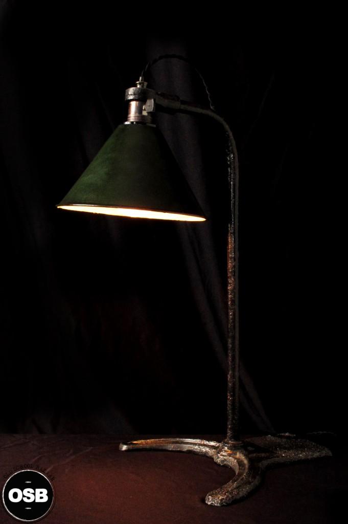 LAMPE ANCIENNE ATELIER OBJET DE METIER DECORATION INDUSTRIELLE LUMINAIRE ANCIEN INDUS DECORATION VINTAGE OLD SCHOOL BAZAAR 3