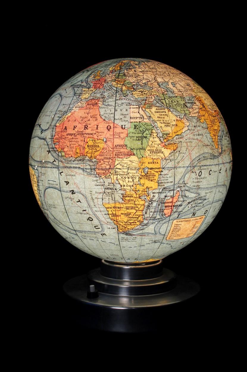 Globe lumineux exterieur photos de conception de maison for Globe luminaire exterieur