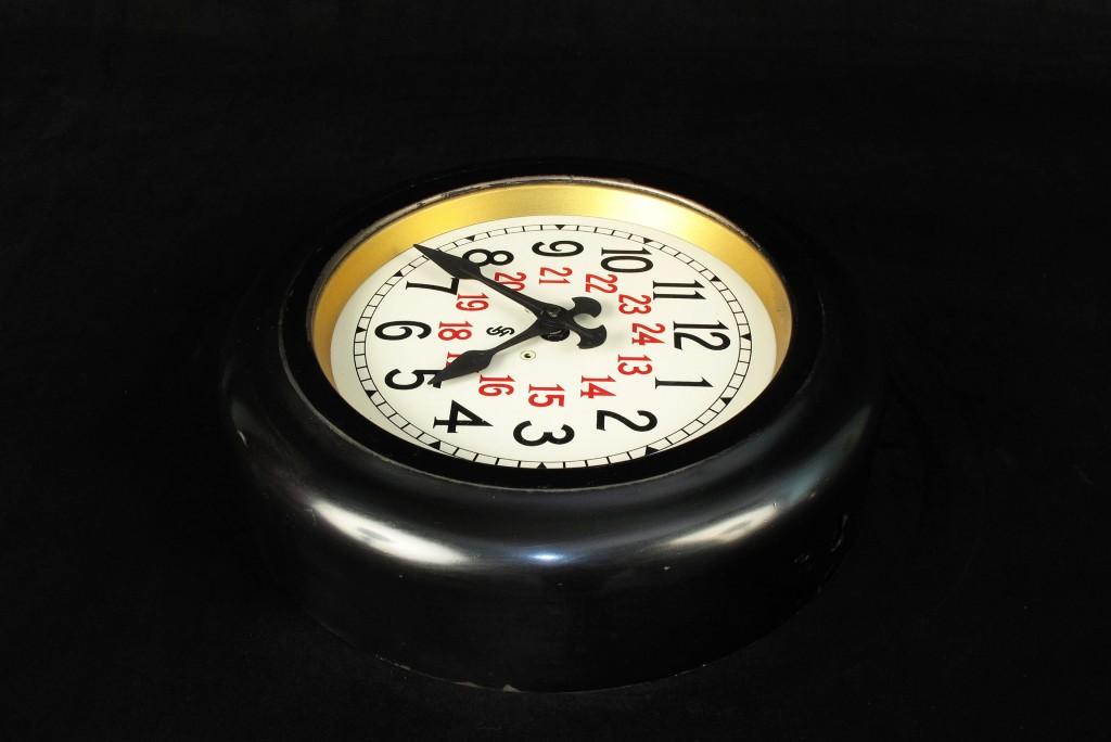 horloge-ancienne-gare-siemens-decoration-loft-esprit-industriel-montre-old-school-bazaar-19