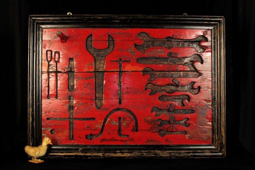 Magnifique et imposant tableau outils ancien vers 1880 for Tableau deco industriel
