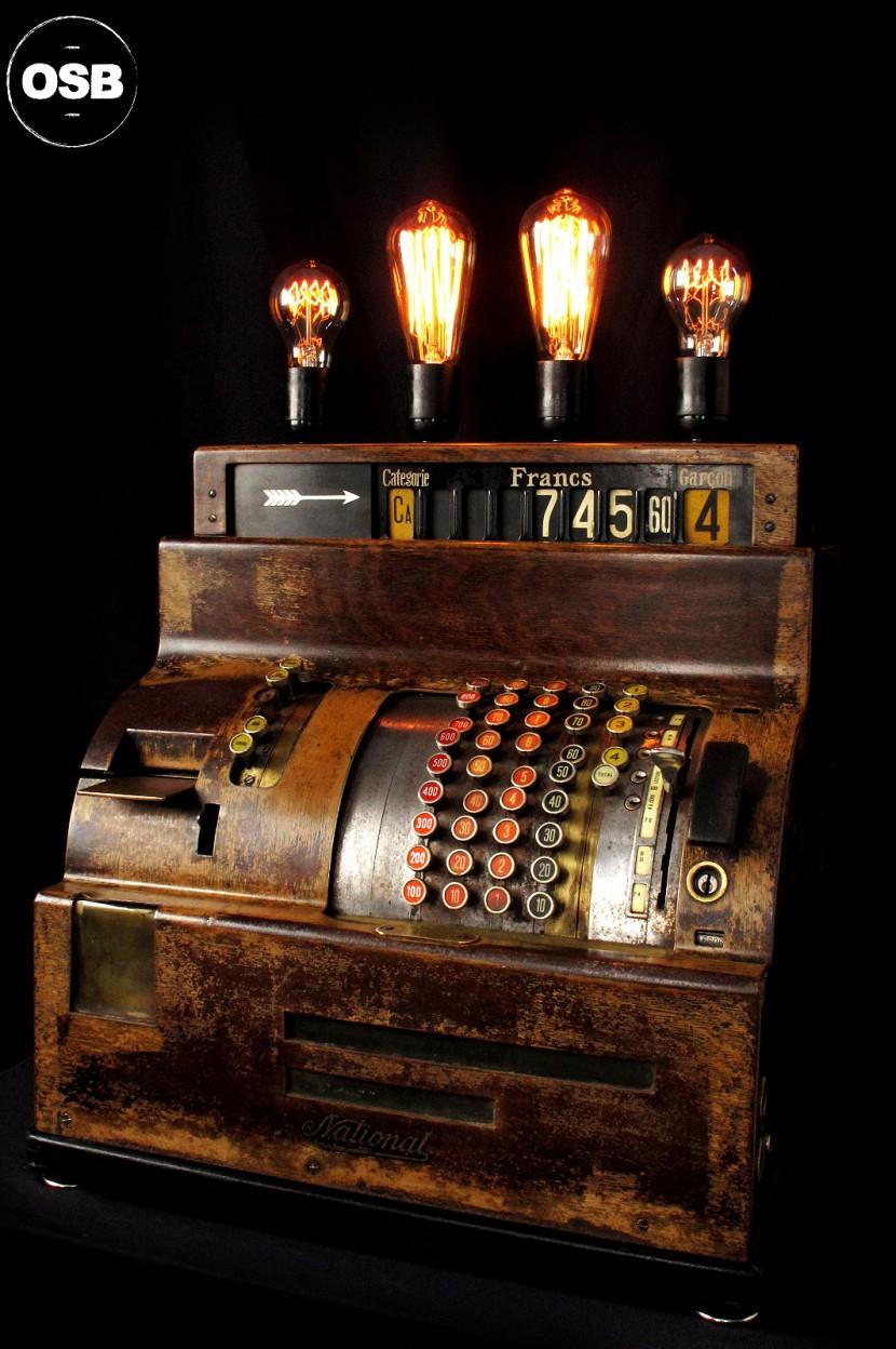 Top Magnifique caisse enregistreuse mise en lumière, modèle G4-207  VU29